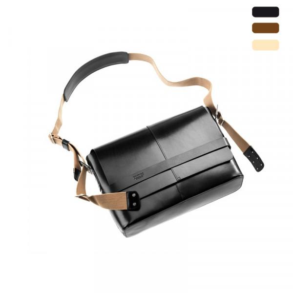 Barbican Hard Leather Shoulder Bag Tasche