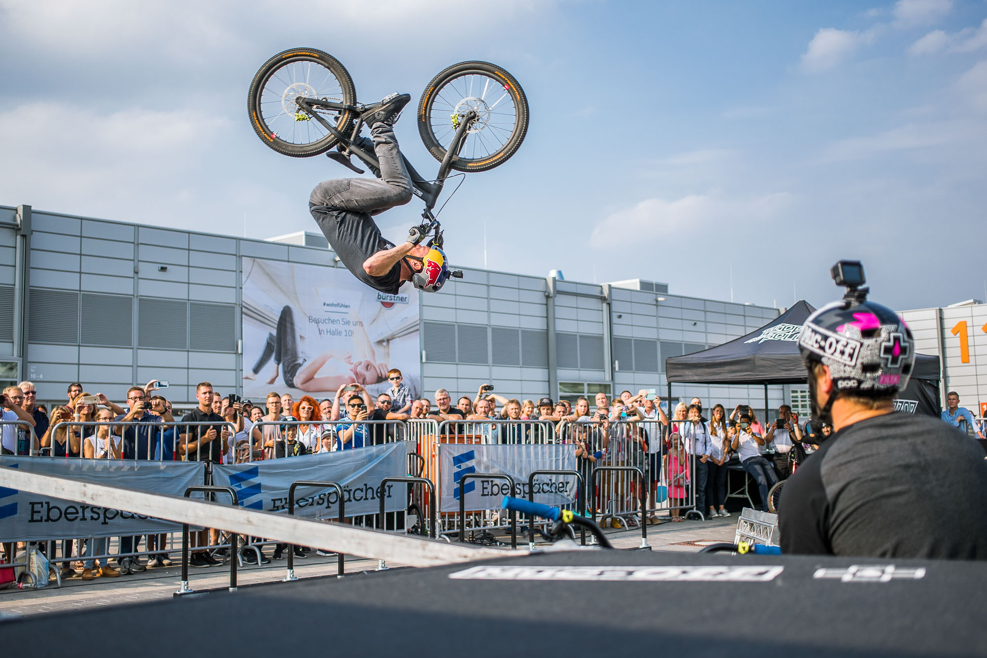 03_Caravan-Salon-Du-sseldorf-Drop-Roll-Show-2017-Danny-MacAskill-Photo-by-Dave-Mackison-2